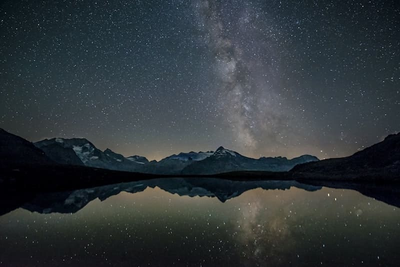 Lago de noche