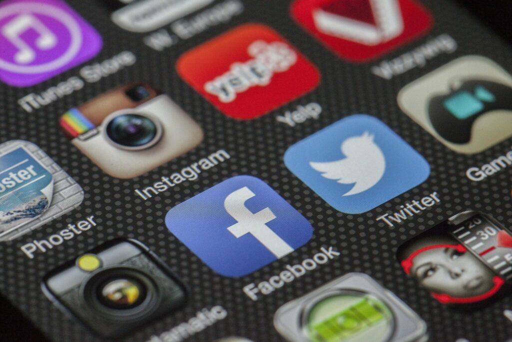 ¿Cómo evitar spoilers en las redes sociales?